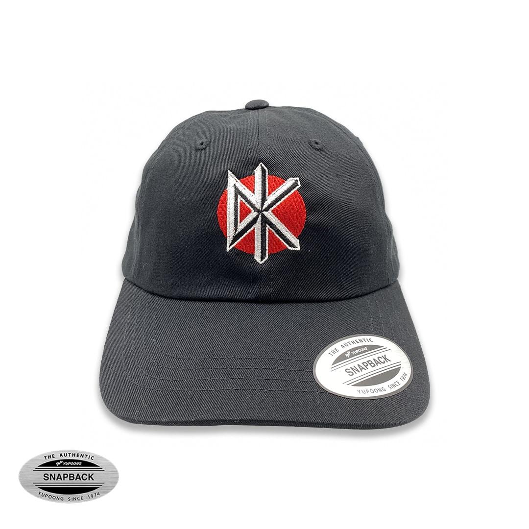 Dead Kennedys dad cap Flexfit, gorro de la línea The classics, de color negro, con bordado frontal en color rojo, blanco y negro