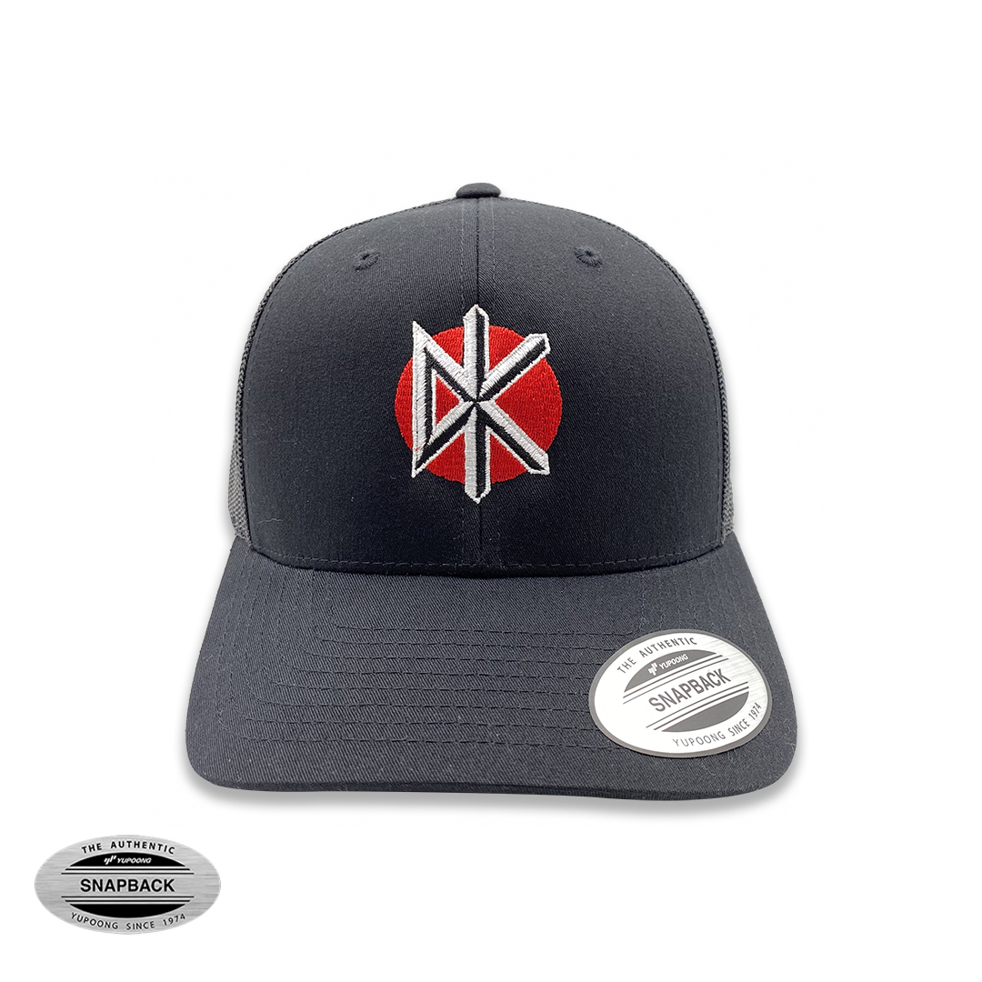 Dead Kennedys trucker Flexfit, gorro de la línea The classics, de color negro, con bordado frontal en color rojo, blanco y negro