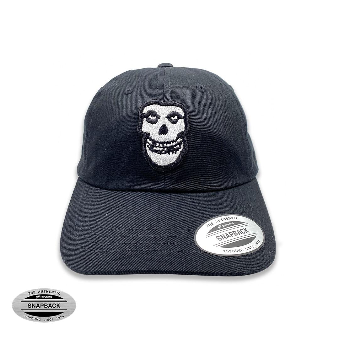 Misfits Skull dad cap Flexfit, gorro de la línea The classics, de color negro con parche bordado frontal